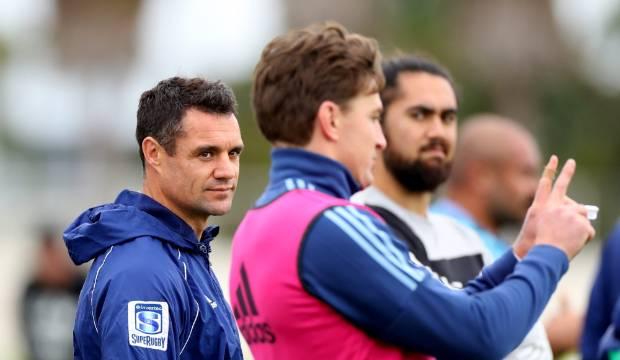 Super Rugby Aotearoa: Dan Carter battling 'old man calves' to make belated Blues debut
