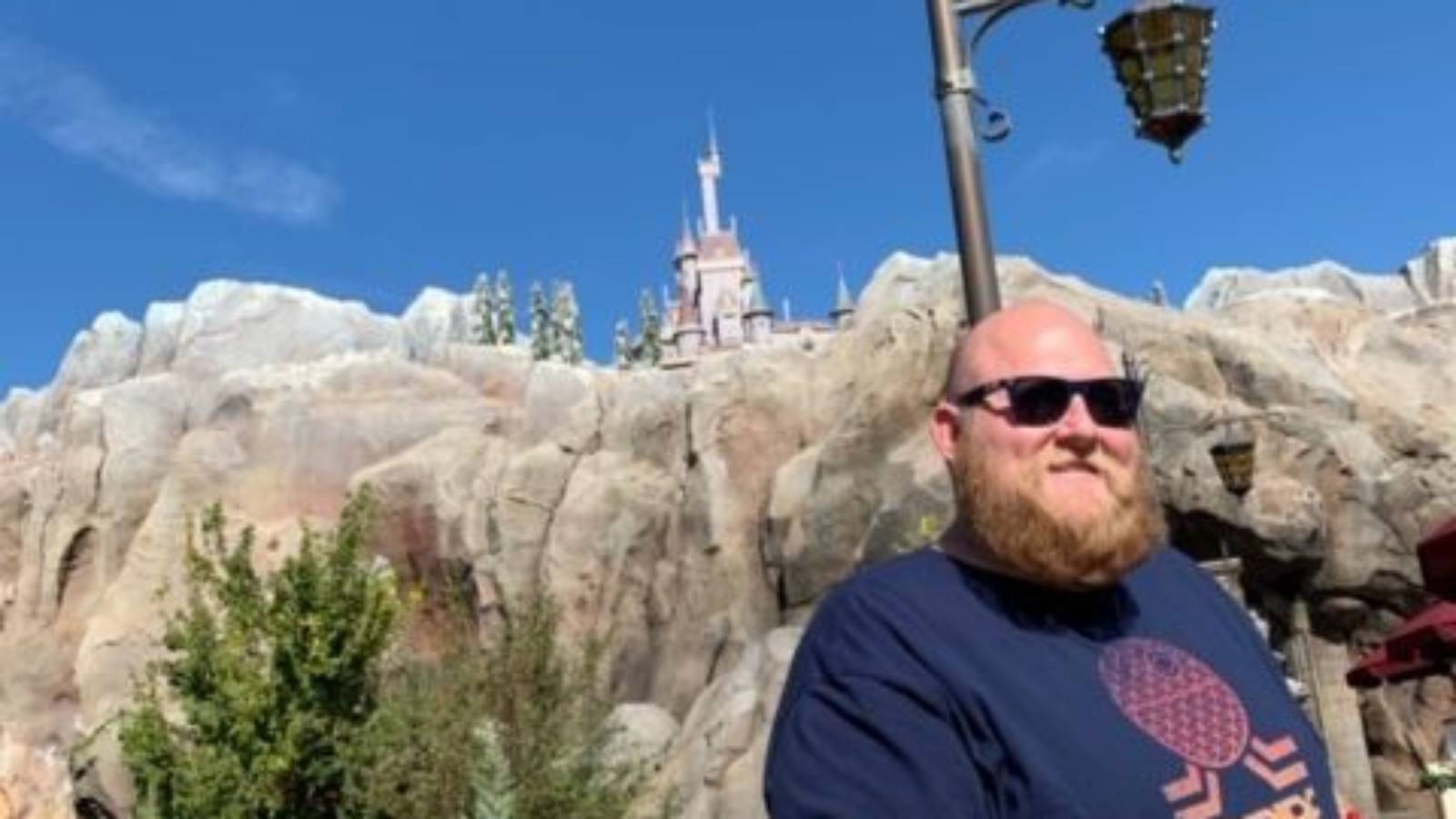 US man loses 88kg so he can ride rollercoaster