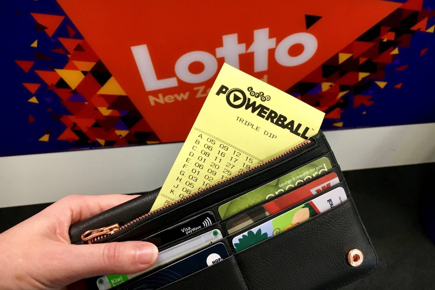 $50m Lotto Powerball jackpot: Lotto says sorry for ticket checking delays | Stuff.co.nz