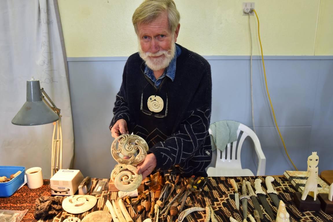 Bone Carver Going Full Circle In Return To Canterbury Museum Stuff Co Nz