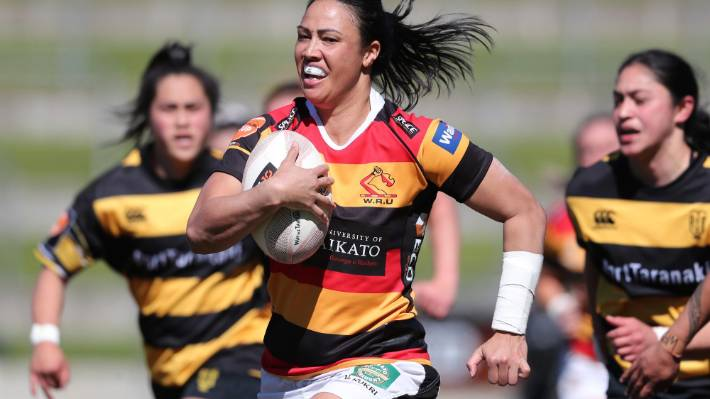 Waikato's Carla Hohepa makes a strong run during the round 2 Farah Palmer Cup match between Waikato and Taranaki in Hamilton on Saturday.