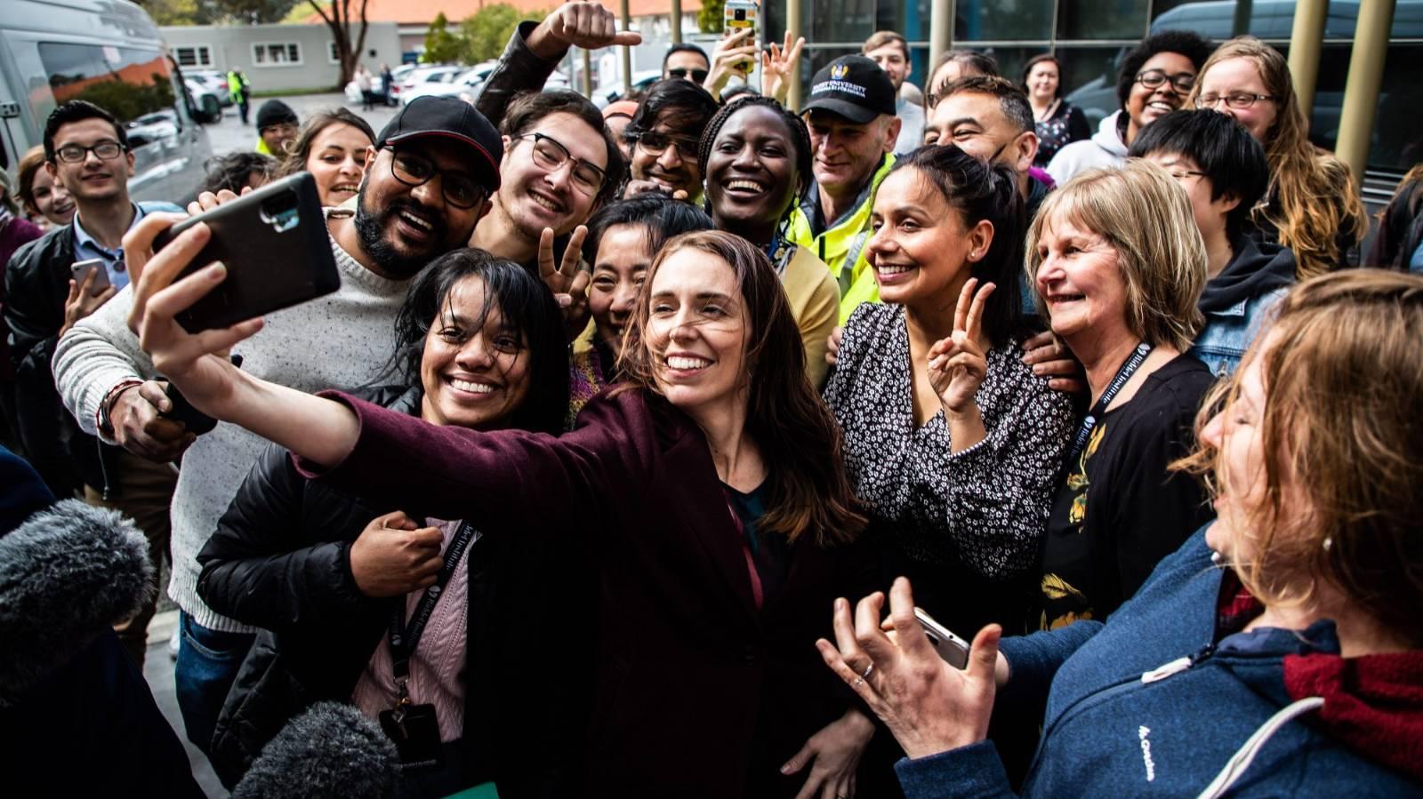 PM admits crowded selfie was a mistake