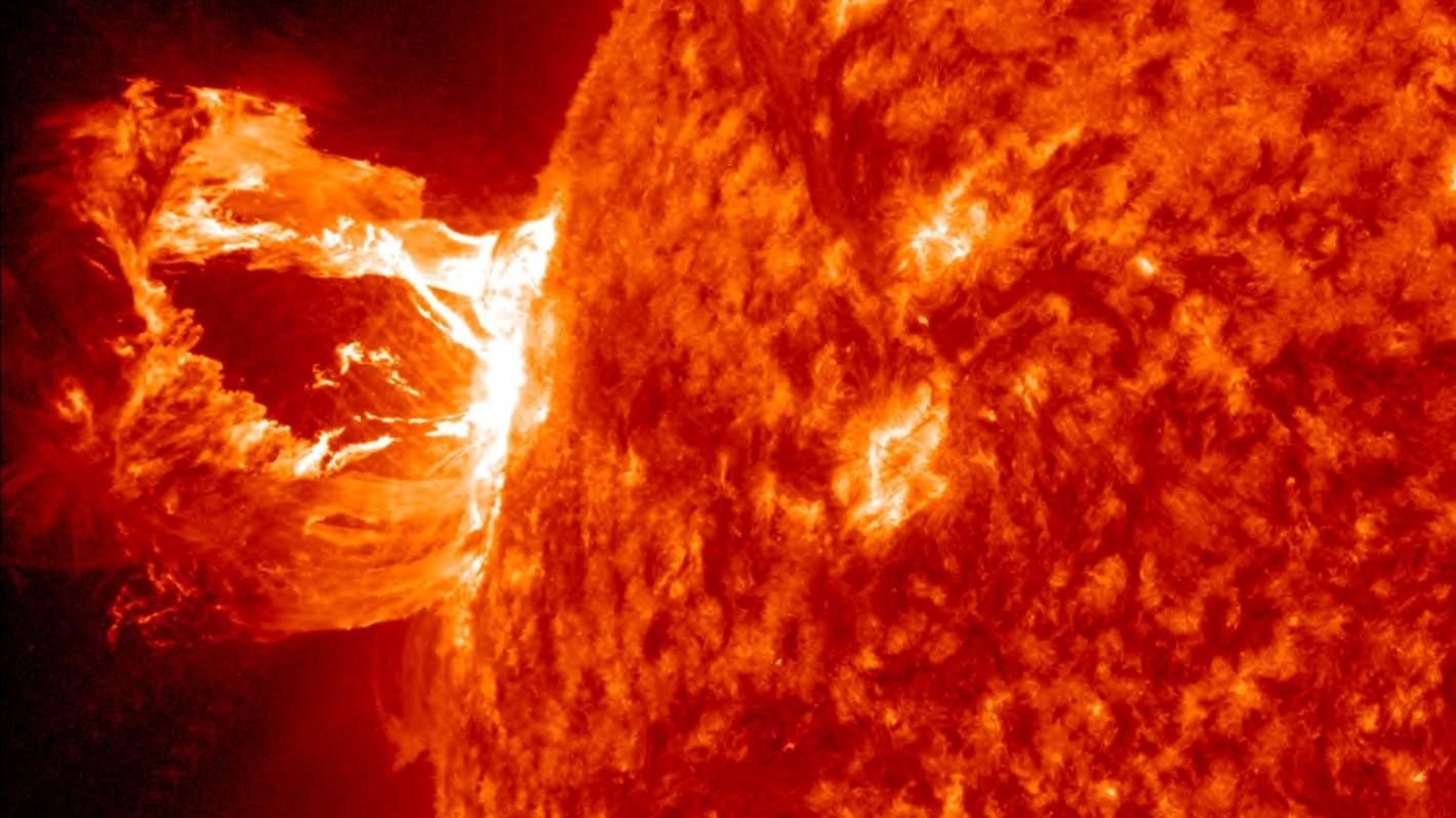 Preparing NZ for space weather that would disable the grid and internet - Stuff.co.nz