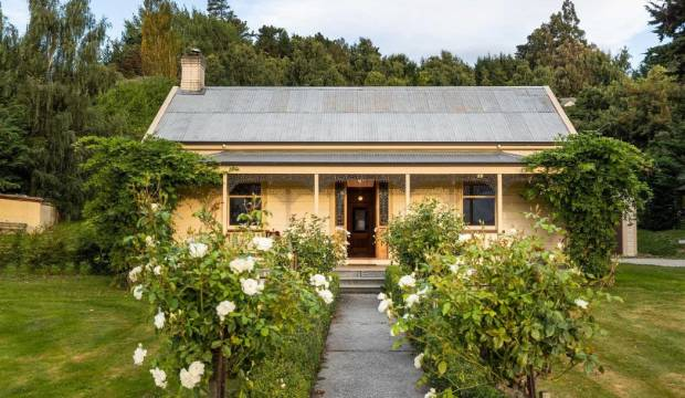Queenstown cottage and heritage retreat was once a derelict shed
