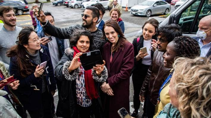 Election 2020: David Seymour criticises Jacinda Ardern's lack of social  distancing in selfie while on the campaign trail | Stuff.co.nz