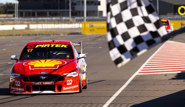 Kiwi driver Scott McLaughlin eases to 11th win of Supercars season in South Australia