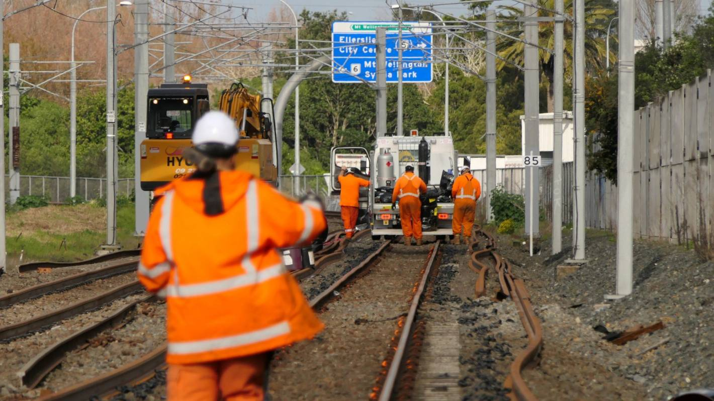 Auckland rail disruption: 'Handful' of tracks might need urgent closure