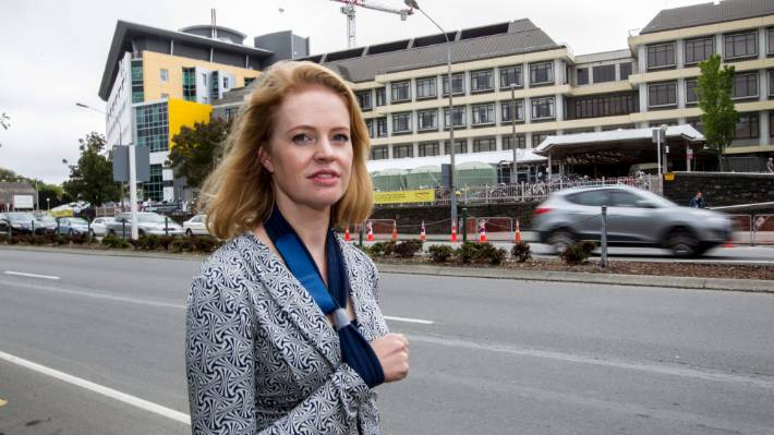 Samantha Bailey is active promoting misinformation online. Her practising certificate with the NZMC has lapsed.