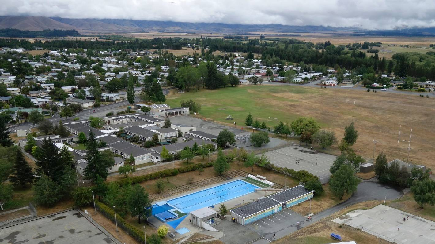 Mackenzie District Council hands pool management over to Aussies