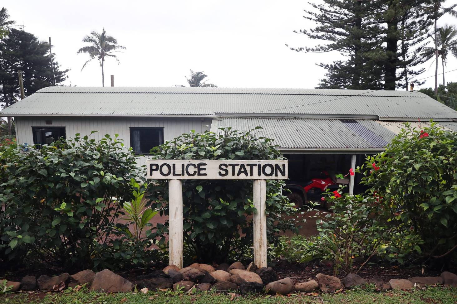 Top Tips For Pitcairn Police Officer Released By Nz Police Stuff Co Nz