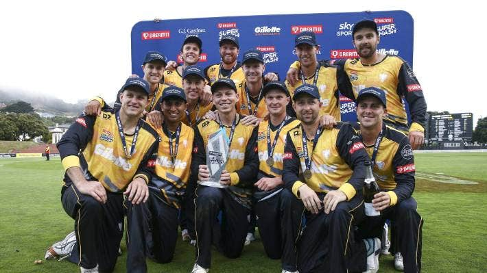 Wellington captain Michael Bracewell and his team after their win over Auckland in last season's T20 final.