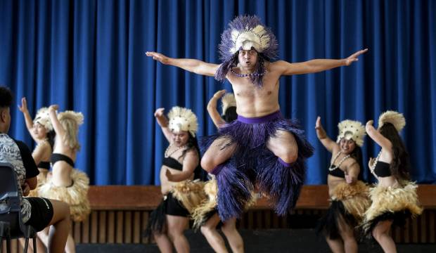 'A blast of cultures': Lockdown inspires Māori and Pacific students' performance