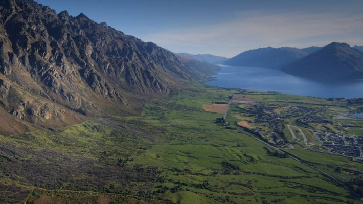 Remarkables Station sits between the Remarkables mountain range and Lake Wakatipu.