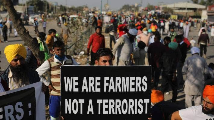 Indian farmers press on with protest despite offer to talk | Stuff.co.nz