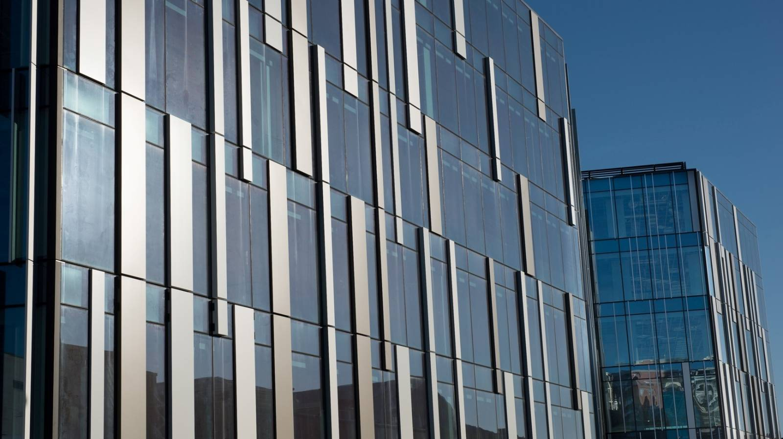 Snugger Government buildings could move the whole office market