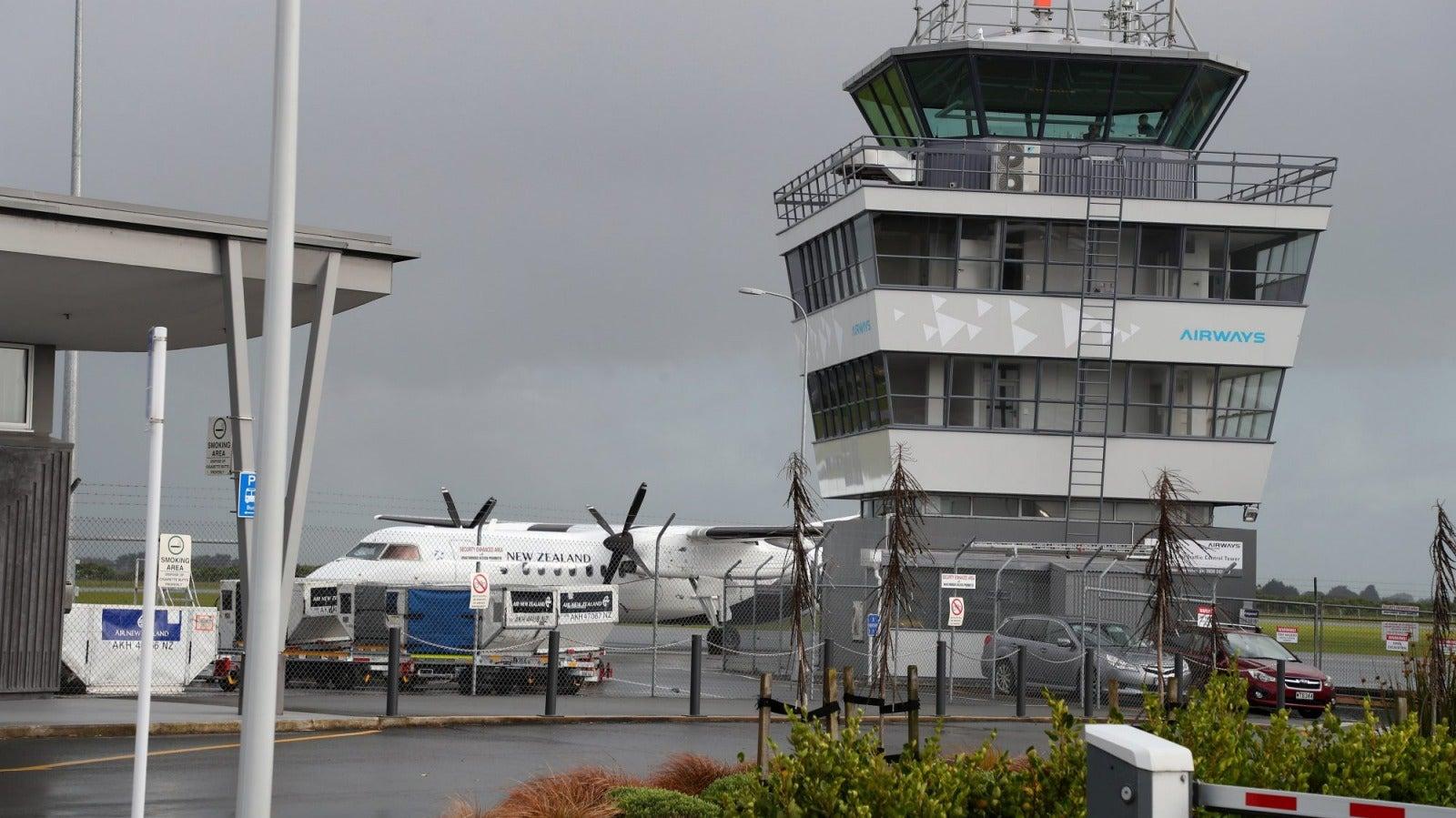 Passengers recount lightning strike