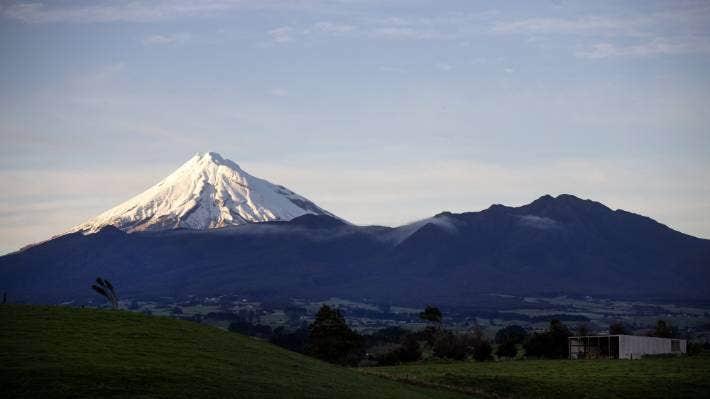 A viewpoint of Taranaki Maunga, taken from State Highway 45 between Omata and Oakura. (File Photo)