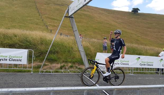 New Zealand Cycle Classic: Finn Fisher-Black into yellow jersey after stage win