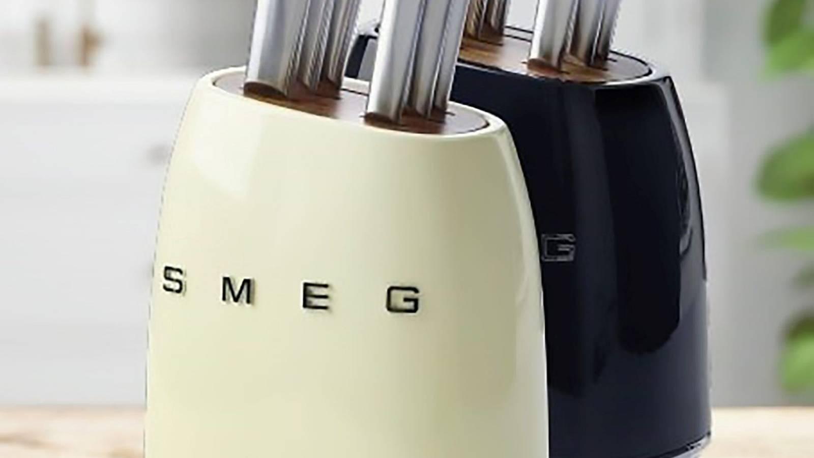 New World replacing blemished Smeg knives