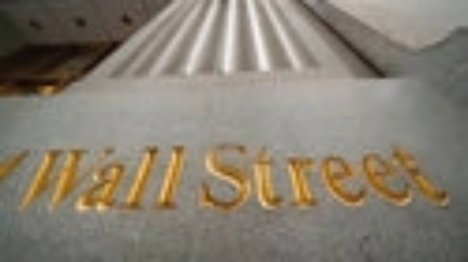 Wall Street hits records as Trump departs Washington