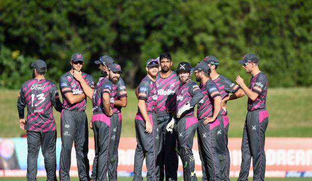Super Smash: Northern Knights thump Canterbury Kings to stay alive