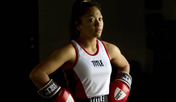 Taranaki teen wins national boxing title