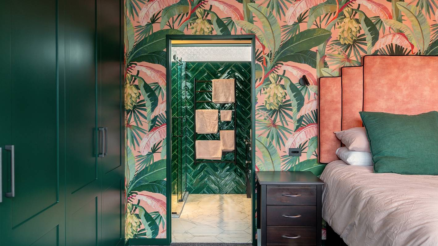 Art Deco Bedroom Suite Transforms Bland 90s Style Home Interior Stuff Co Nz