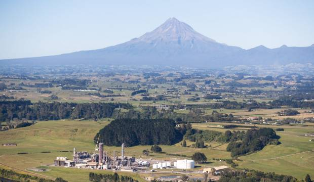 Methanex mothballs Waitara Valley methanol plant, job losses expected