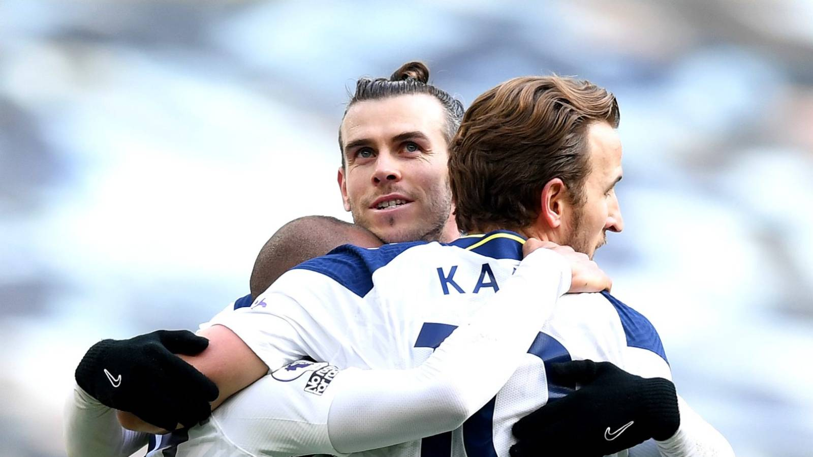 Premier League: Gareth Bale inspires Spurs to big win over Burnley