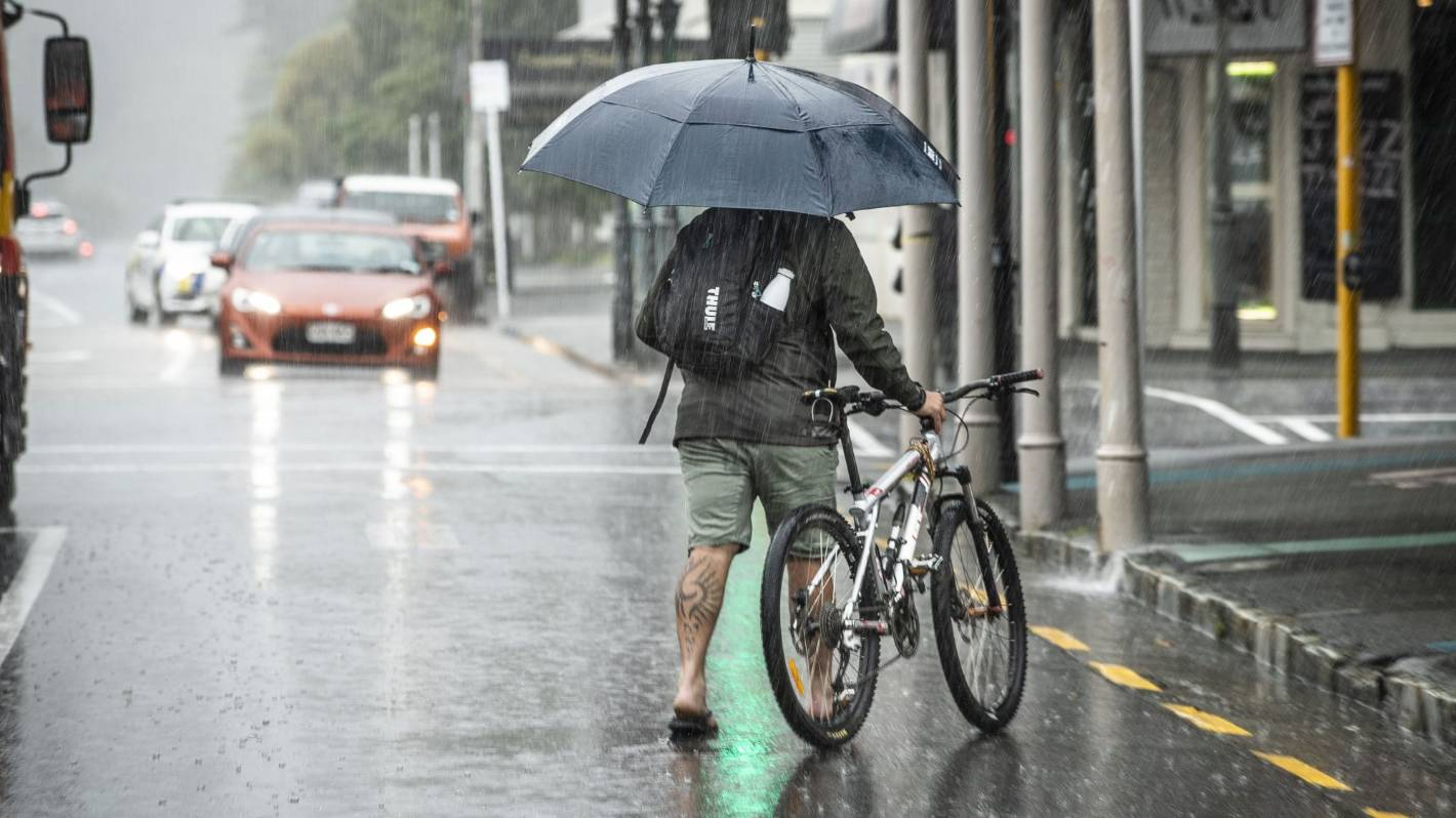 Weather: Settled conditions not lasting, 'strong cold front' moving over bringing heavy rain, wind