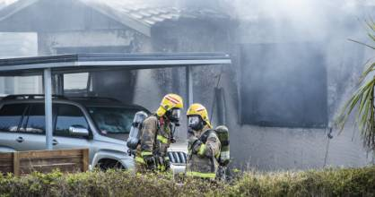04032021 NEWS PHOTO BRADEN FASTIER / NELSON MAILEmergency services attend to a substantial house fire in Willow Avenue, ...