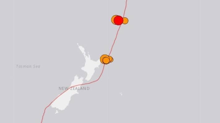 新西兰附近的多地震引发海啸预警。
