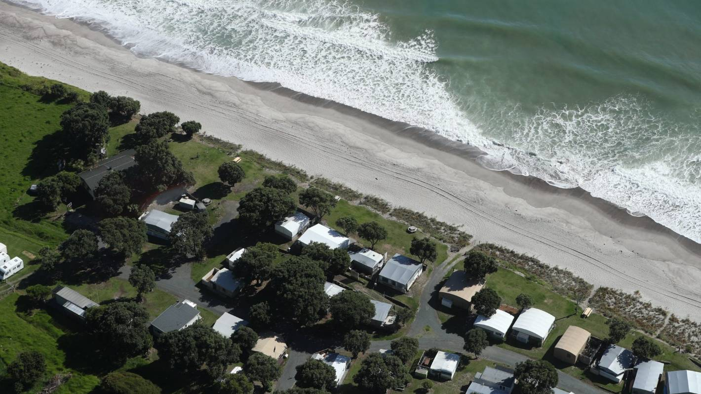 New Zealand's tsunami trifecta a rare occurrence, expert says