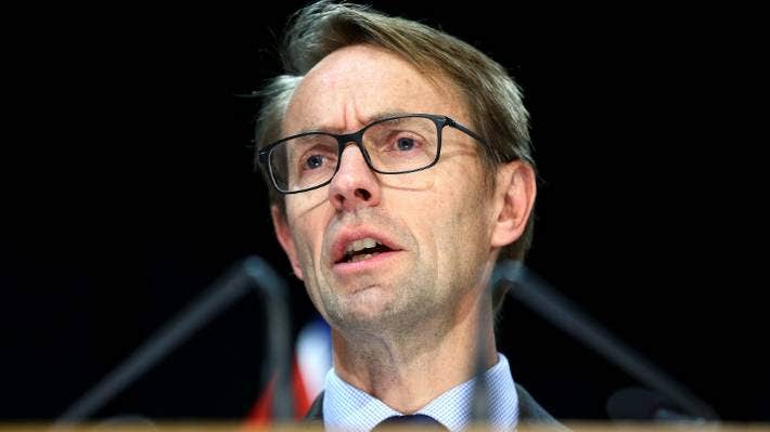Director-General of Health Dr Ashley Bloomfield will have the power to control water supply fluoridation rather than councils under an amendment of the Health (Fluoridation of Drinking Water) Amendment Bill.