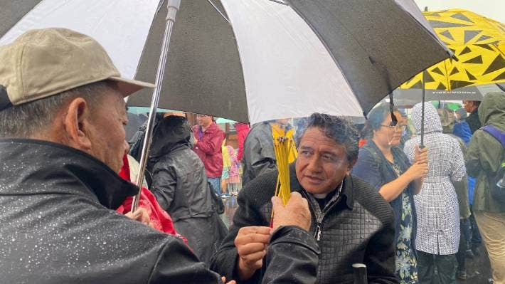 Two cultures united to honour the dead at the ceremony on the shores of the Hokianga Harbour.