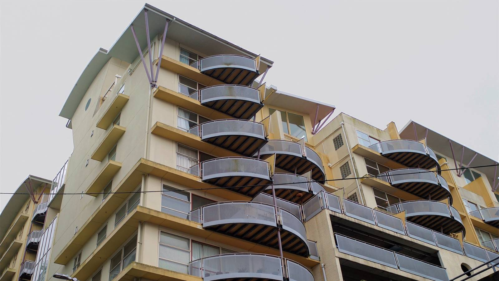 Leaky apartment disasters won't go away