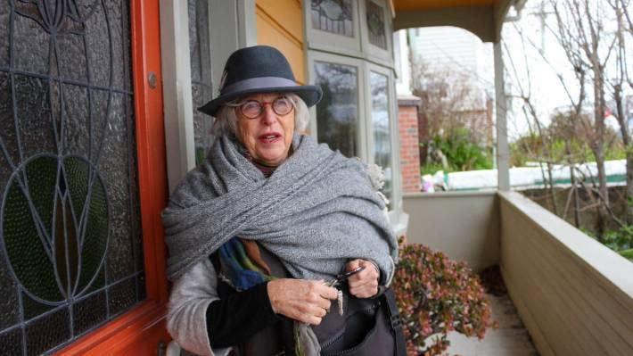 "Dame Gaylene Preston says ""just a few bucks"" a week sponsoring an artist will make a difference."