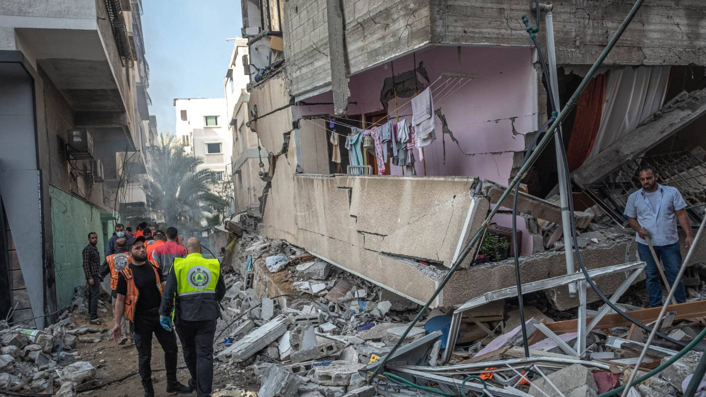 Image Israel-Palestine conflict: 10 minutes of heavy airstrikes hit Gaza City as Hamas rocket attacks continue