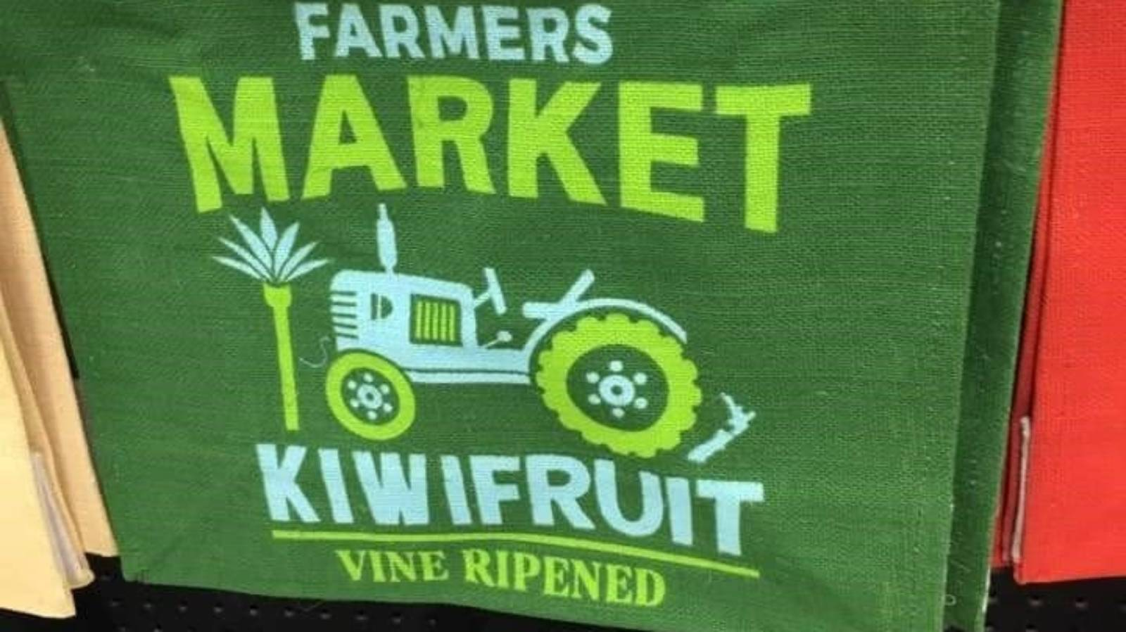Countdown 'misleading shoppers' with farmers' market bags