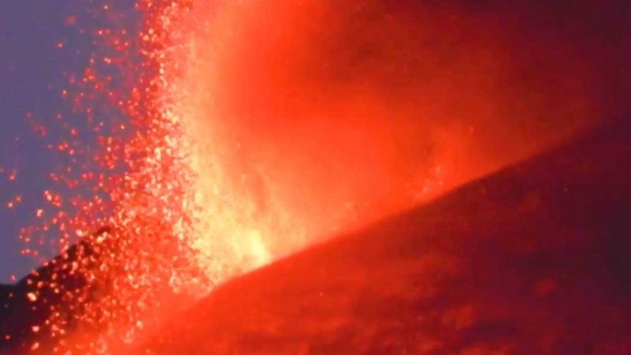 Footage of lava fountaining from Mt Etna's Southeast Crater taken by INGV volcanologist Boris Behncke.