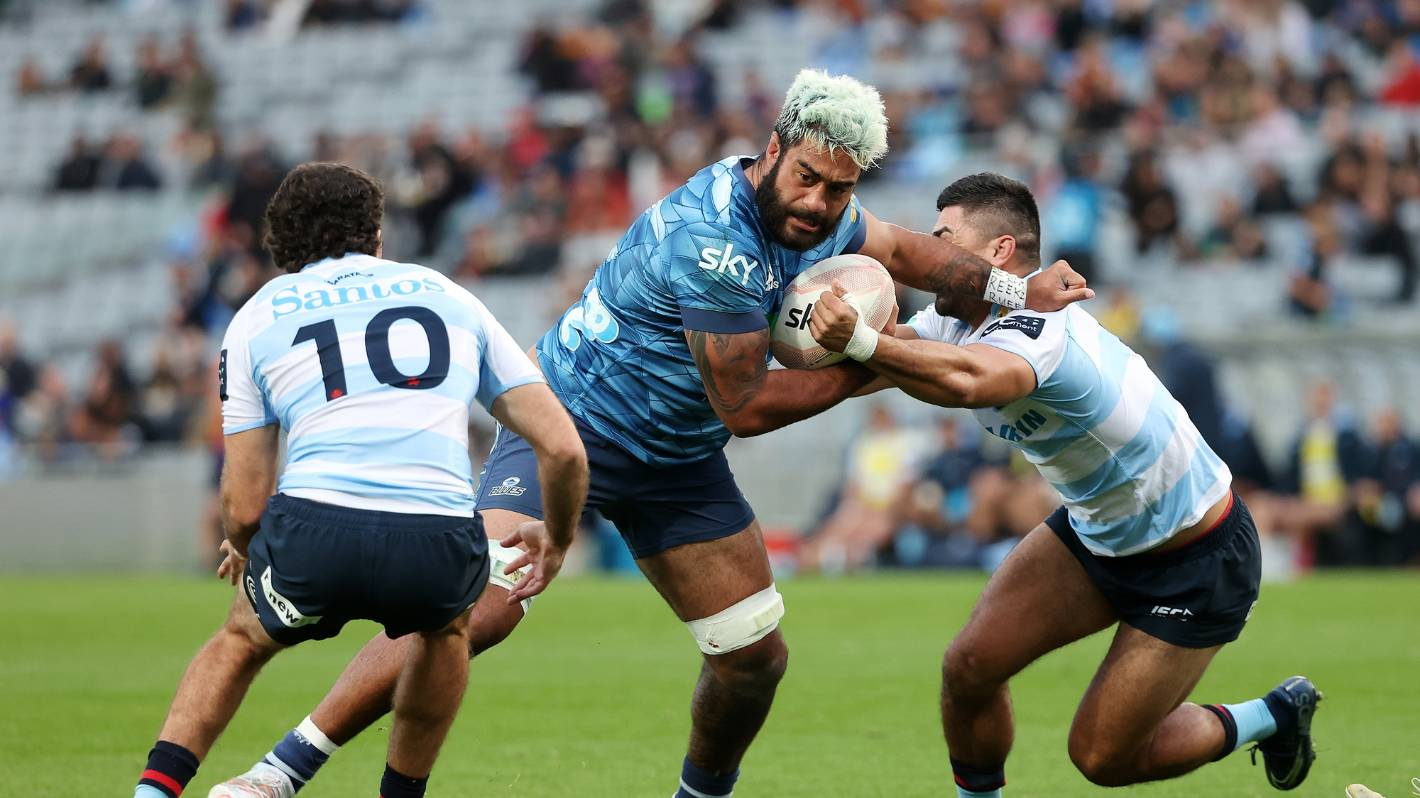 Super Rugby: Akira Ioane gets the nod at No 8 as Blues eye Reds' physical threat