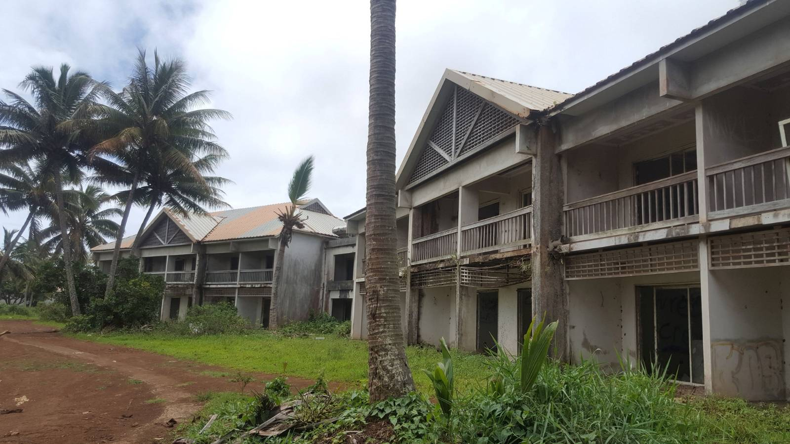 The derelict Cook Islands hotel where goats are the only guests