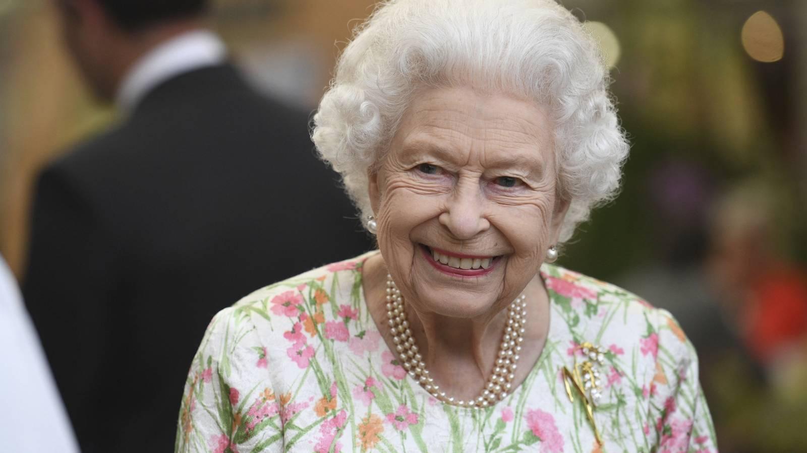 Royals headline the opening of G7 summit