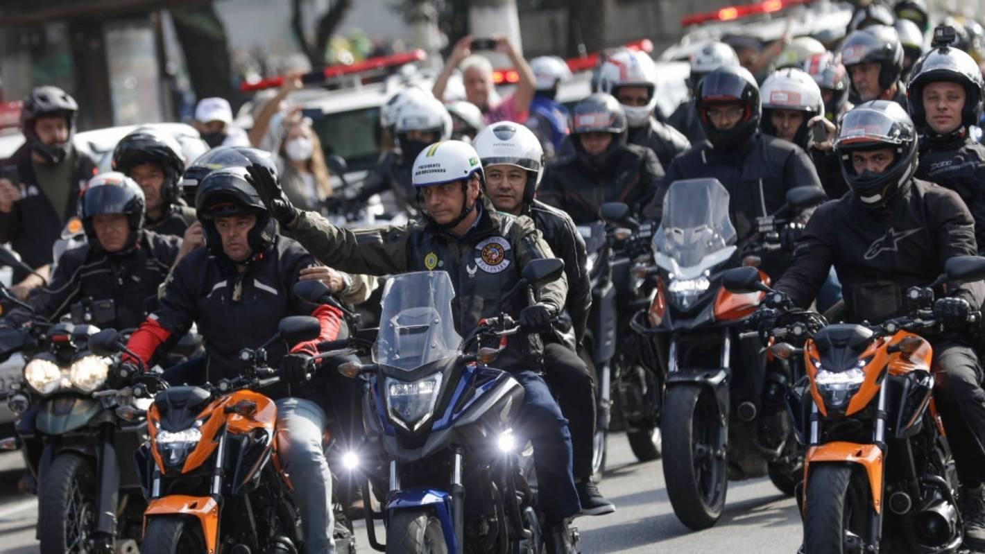Covid-19: Brazil's Jair Bolsonaro fined for flouting mask order at motorcycle rally