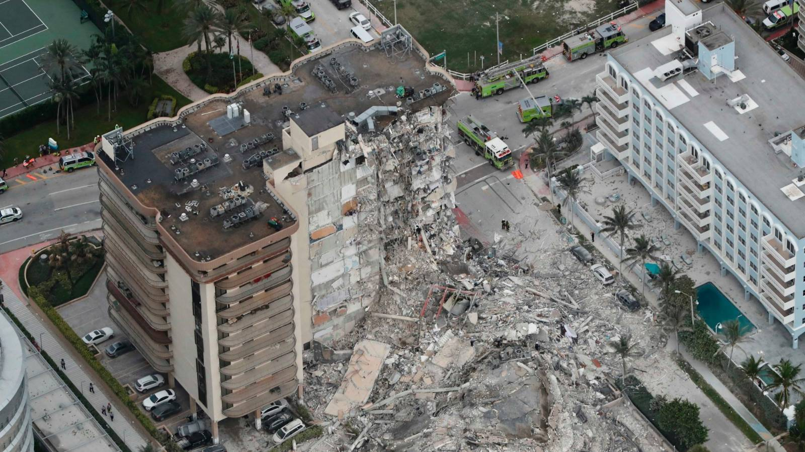 Collapsed Florida condo had been sinking since the 90s