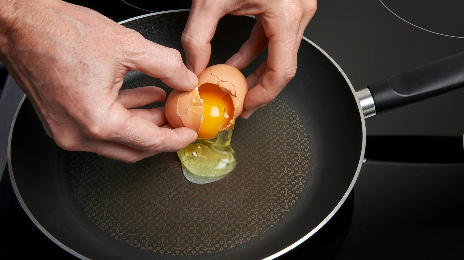 New advice for handling eggs due to Salmonella incursion