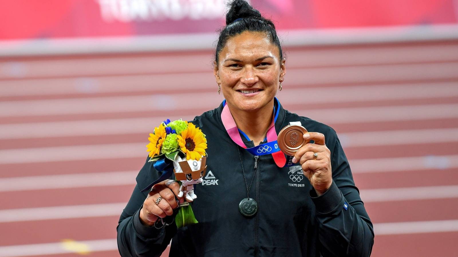 Bronze finish but gold standard: Valerie Adams just glad to bow out an inspiration