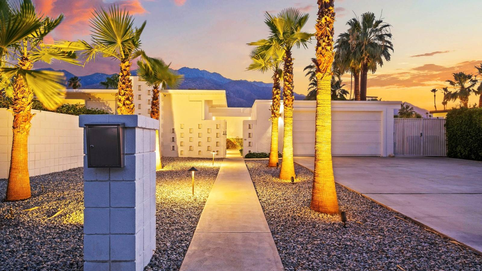 Palm Springs is a perfect fit for this Kiwi's lifestyle