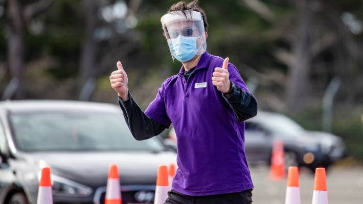 The Auckland Airport drive-through vaccination centre is offering prizes for those getting a jab. (File photo)
