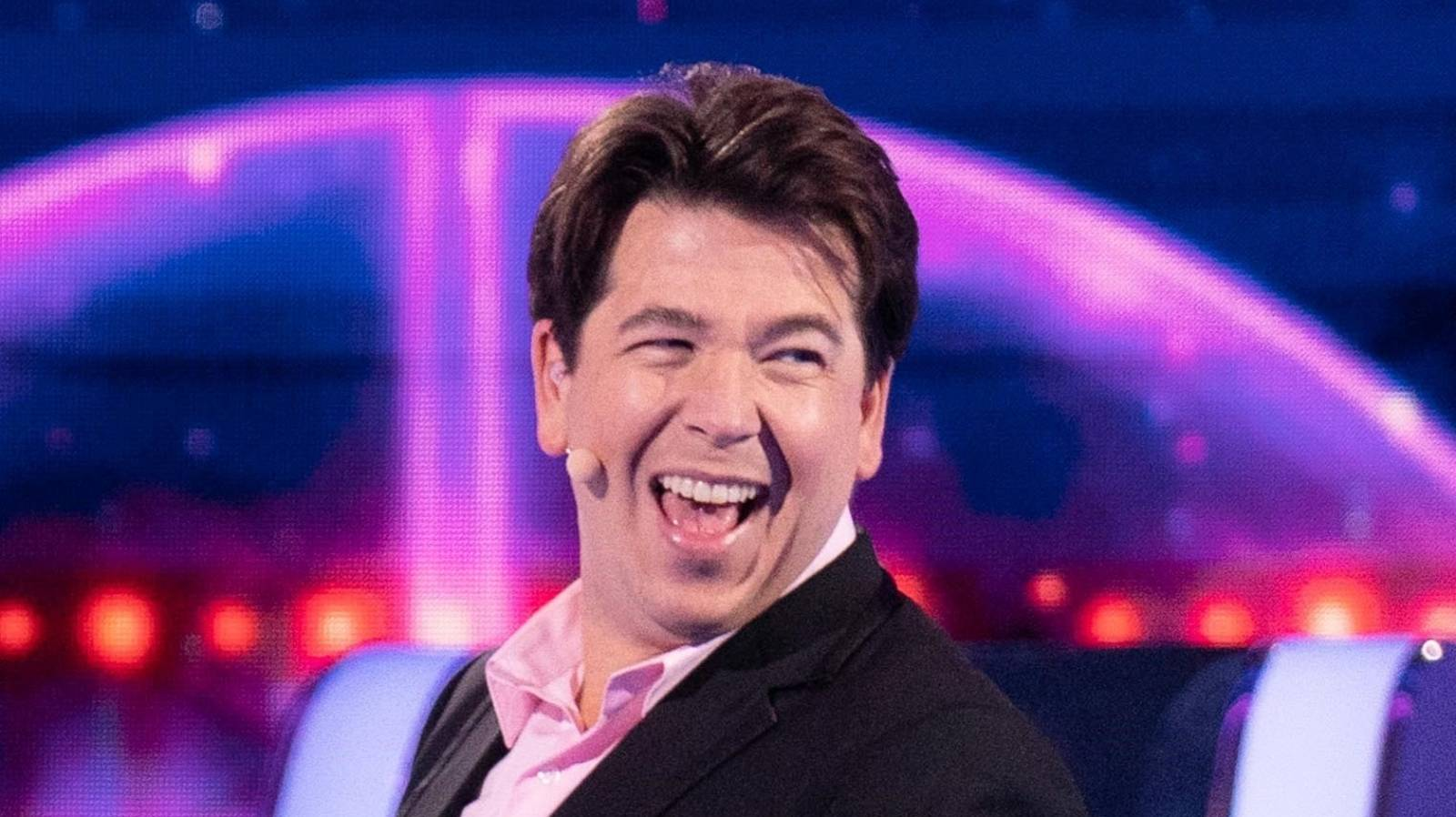 Michael McIntyre in circle of hell posing as a game show